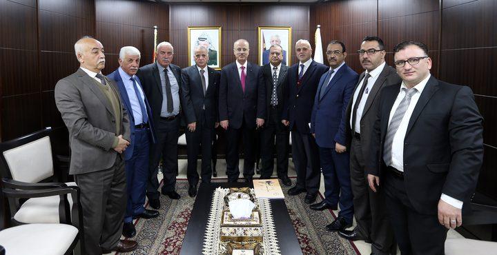 الحمد الله يبحث مع رئيس المحكمة العليا سبل تعزيز وتطوير قطاع القضاء