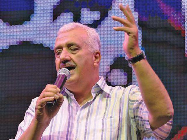 """""""الثقافة"""" تدعم إعادة إنتاج أغنيات الانتفاضة للفنان وليد عبد السلام"""