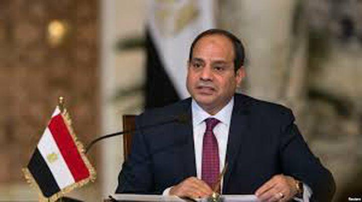 محتال يجمع الملايين باسم السيسي في مصر