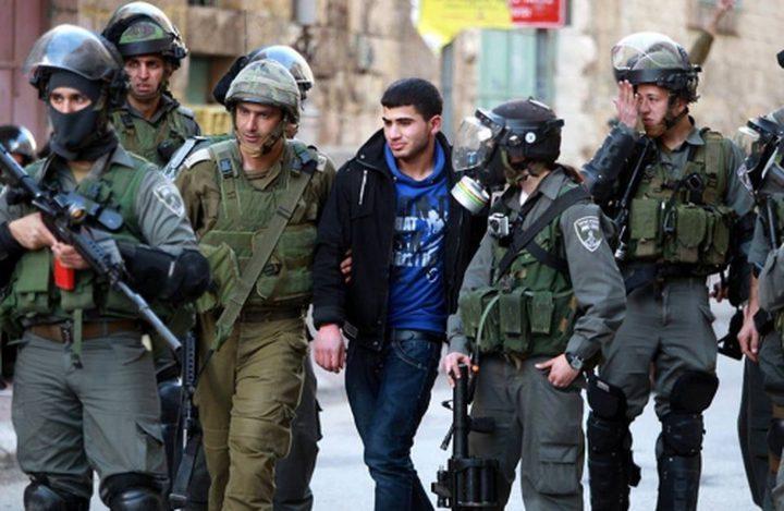 الاحتلال يستدعي شابين من القدس للتحقيق