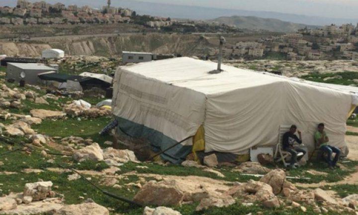 الاحتلال يهدم منزلا في جبل البابا شرق القدس