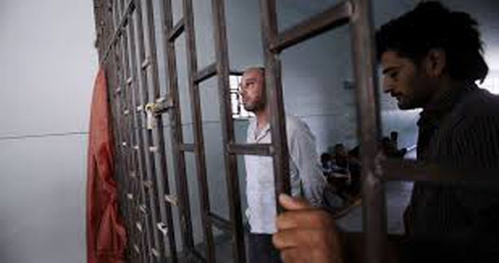 دعوات لمساندة الأسرى في خطواتهم التصعيدية ضد الاعتقال الإداري