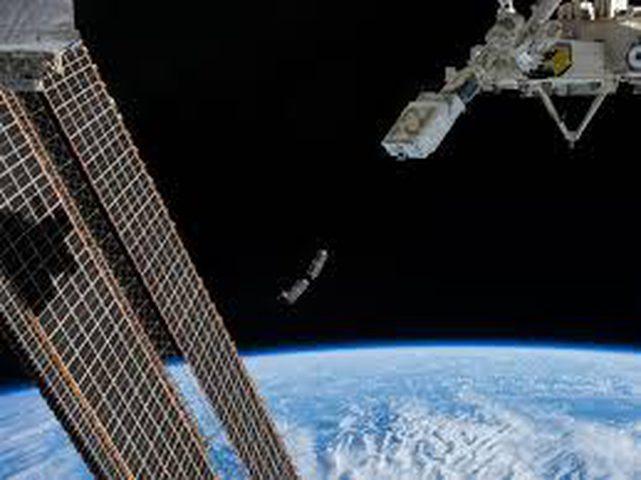 كيف يتحدى رواد الفضاء الخطر في رحلتهم للمريخ