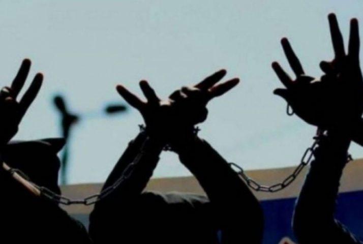 الأسير أشرف راضي يعلق إضرابه عن الطعام