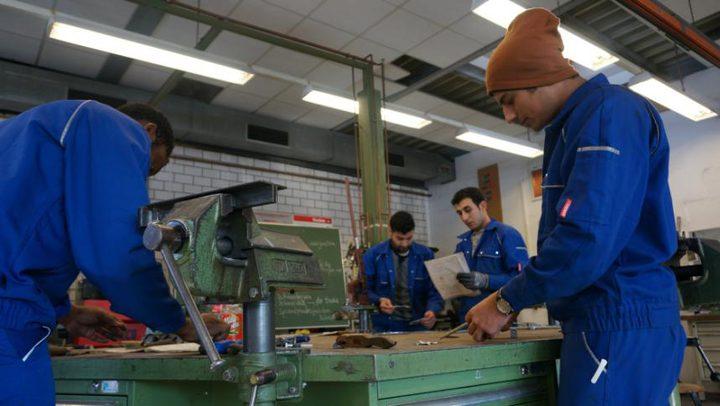 ارتفاع نسبة الشركات المتوسطة بألمانيا التى توظف لاجئين