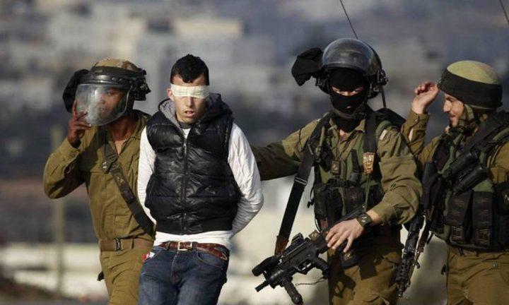 الاحتلال يزعم اعتقال ثلاثة شبان خططوا لعمليات في الاقصى