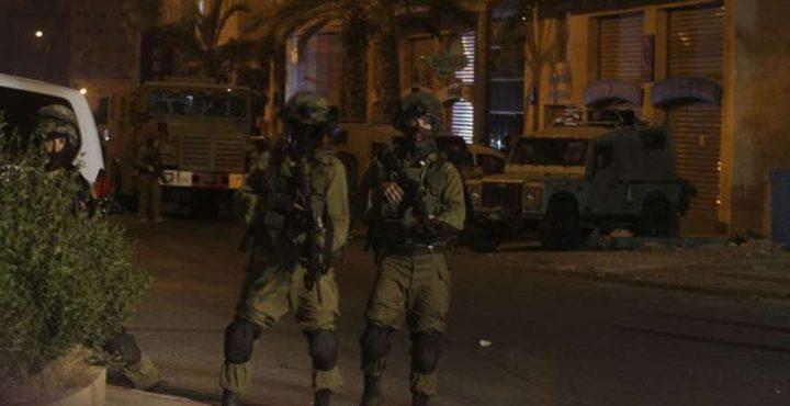 """قوات الاحتلال تنصب حاجز طيار على مدخل بلدة """"بديا"""" في سلفيت"""