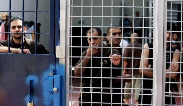 ثلاثة أسرى من الضفة يدخلون أعوامًا جديدة في معتقلات الاحتلال