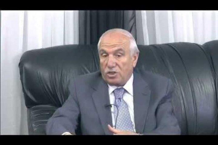 الاحتلال يفرج عن محافظ الخليل الأسبق عريف الجعبري