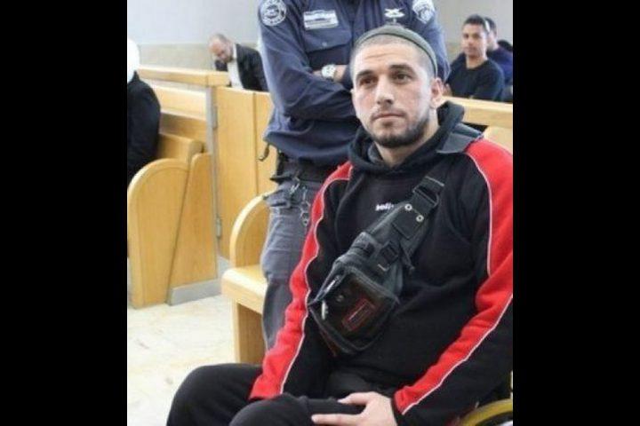 منذ 14 يوماً.. الأسير المقعد أسعد يواصل اضرابه عن الطعام