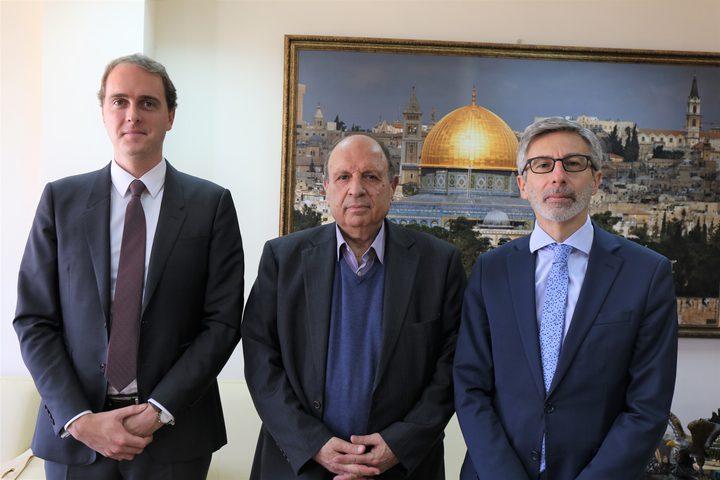 الحسيني يدعو فرنسا للاعتراف بدولة فلسطين