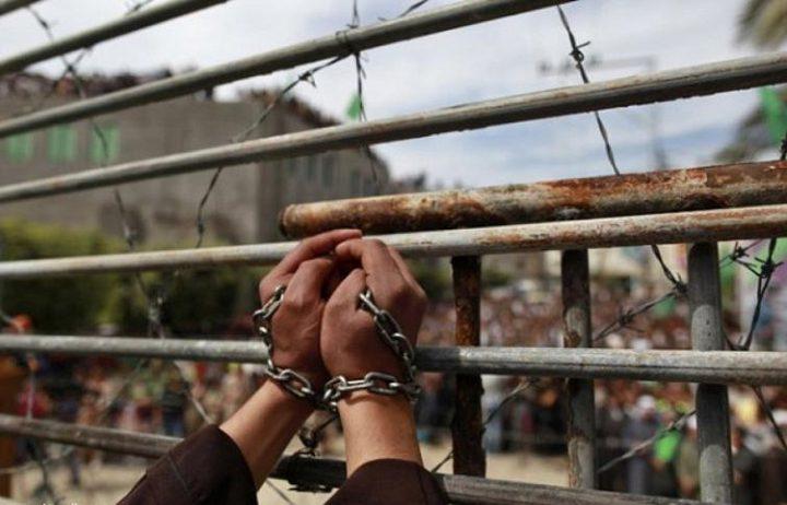 الاحتلال يصدر 46 أمر اعتقال إداري (الأسماء)