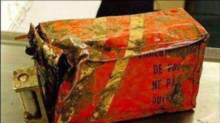 العثور على الصندوقين الأسودين للطائرة الإيرانية المنكوبة