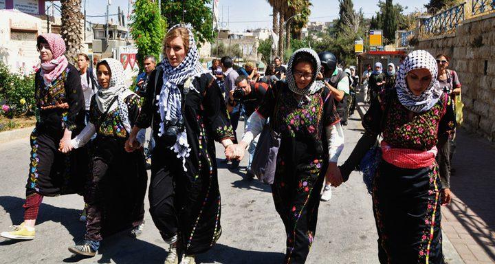 المرأة الفلسطينية اليوم وكل يوم .. انتفاضة وولادة وابداع