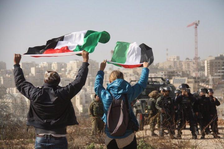 مسيرة بلعين: إنهاء الانقسام الرد على عملية التفجير الجبانة في غزة