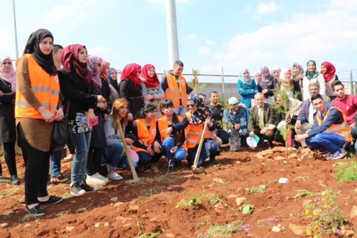 """""""التعليم البيئي"""" يواصل إحياء يوم البيئة الفلسطيني في عدة محافظات"""