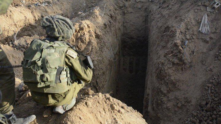 الاحتلال يدعي تدمير نفق في منطقة كرم أبو سالم(صور، فيديو)