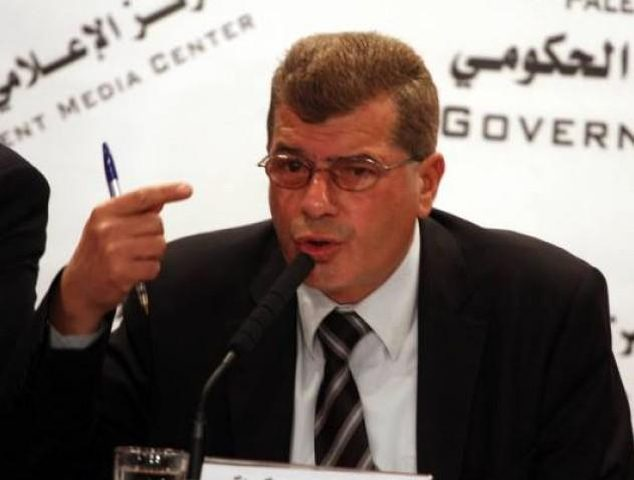 قراقع يطالب بإدراج إسرائيل كدولة محتلة خارجة عن القانون الدولي