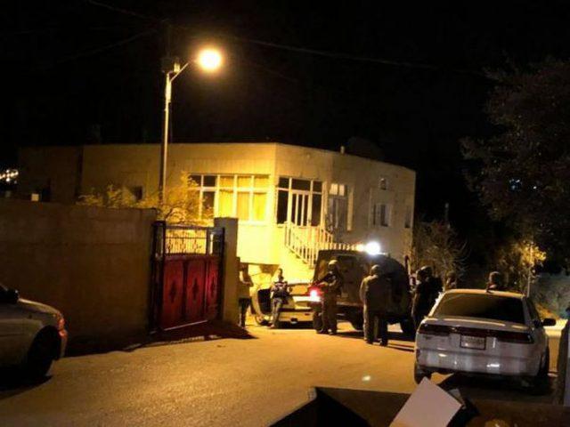 حملة اعتقالات ومداهمات في محافظات الضفة