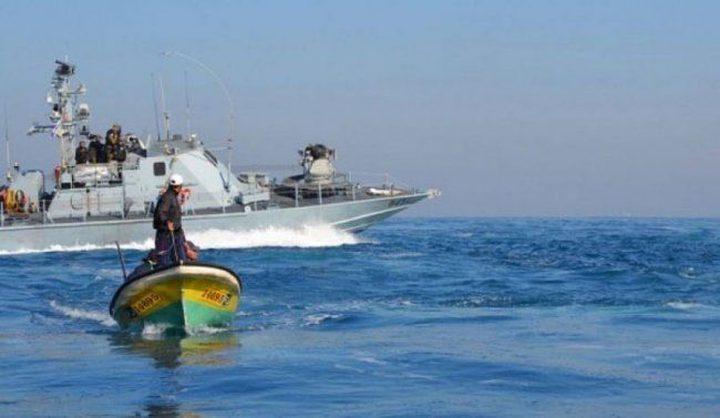بحرية الاحتلال تستهدف الصيادين شمال غرب القطاع