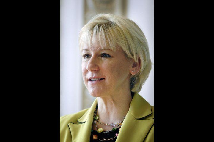 وزير خارجية السويد: أؤيد دفع الرواتب للأسرى الفلسطينيين