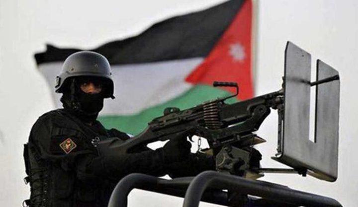 السجن 10 اعوام لاردنيين خططا لتفجير ثلاث سفارات أجنبية في عمان