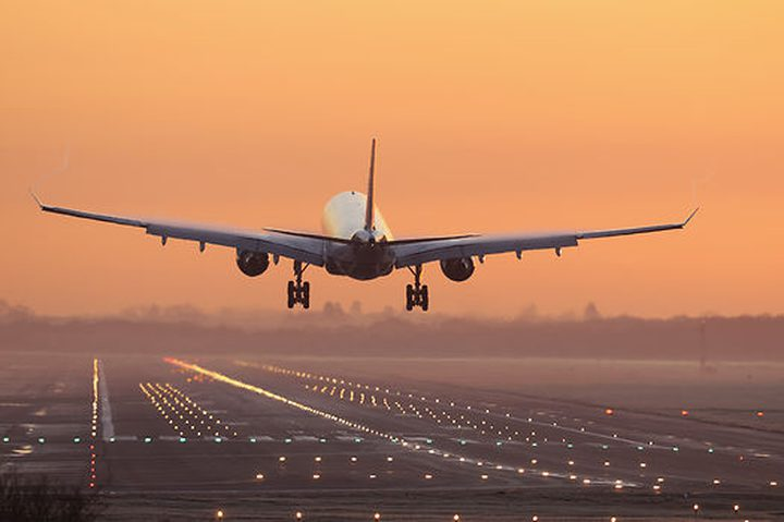 كيف تحمي نفسك من الإصابة بالعدوى خلال سفرك بالطائرة؟