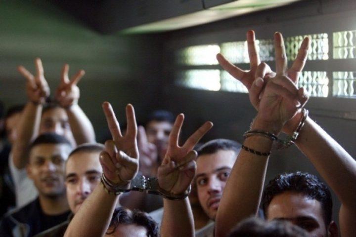 أسير من السيلة الحارثية غرب جنين يدخل عامه الـ17 في سجون الاحتلال