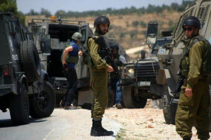 الاحتلال يعتقل شاباً بزعم تنفيذه عملية دهس