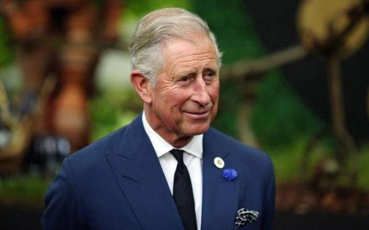 الأمير تشارلز لا يسافر إلا ومعه غرفة نومه !