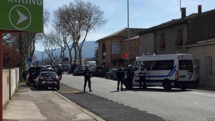"""محتجز الرهائن طالب بإطلاق """"جزار باريس"""".. وتقرير يعلن هويته"""