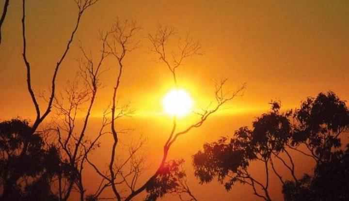 حالة الطقس: أجواء حارة ومغبرة وارتفاع آخر على درجات الحرارة