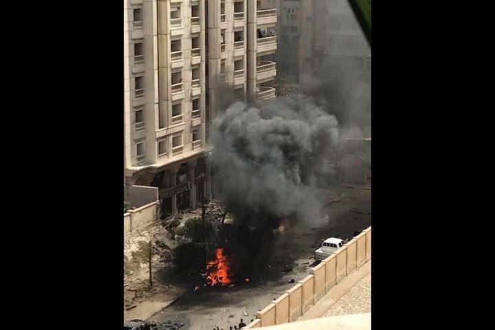 بالفيديو والصور: مقتل شخصين ونجاة مدير أمن الإسكندرية من تفجير سيارة مفخخة