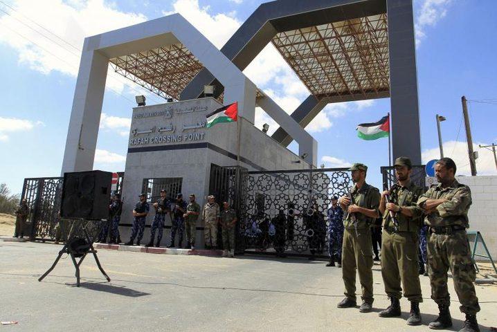 سفارة دولة فلسطين بالقاهرة توضيح حول حركة المواطنين عبر معبر رفح البري خلال اليومين الماضيين