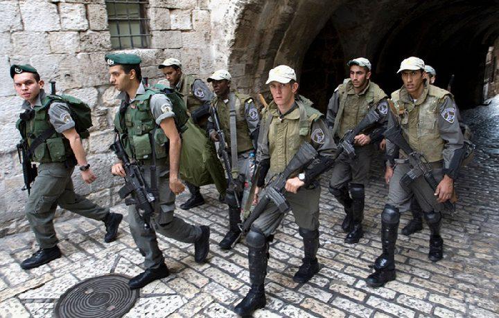 الاحتلال يعتدي على المشاركين في مسيرة أحد الشعانين ويعتقل شابين