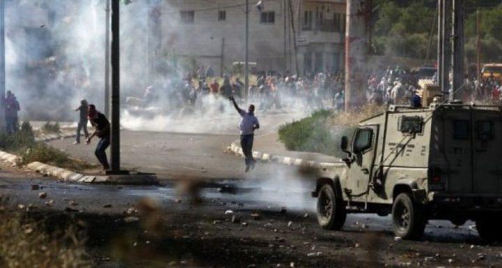 إصابات في مواجهات مع الاحتلال جنوب نابلس