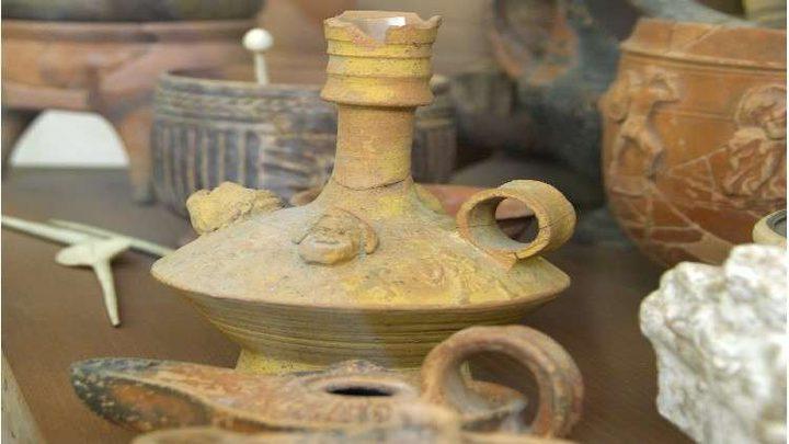 العثور على جرة نبيذ عمره 2000 سنة!