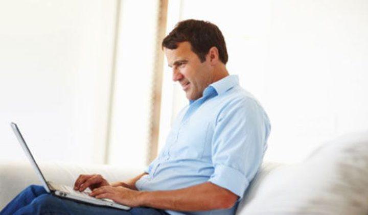 الإنترنت يحسِّن الحالة المزاجية والاجتماعية ويوفِّر الوقت!