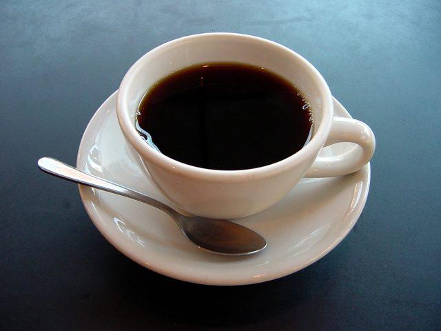 4 فناجين من القهوة تعادل سيجارة حشيش