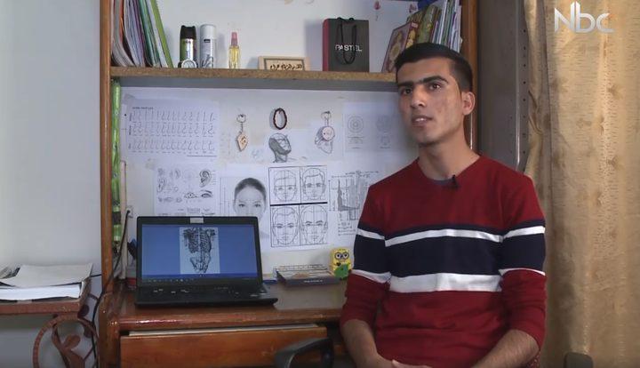 الفنان ليث أبو عرام يبدع في الرسم (فيديو)