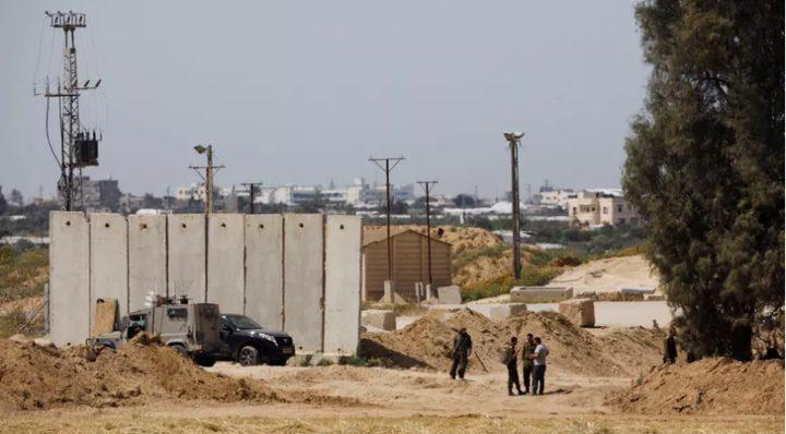 الاحتلال يزعم اعتقال 3 شبان اجتازوا الحدود مع غزة