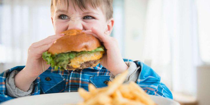 كيف تجعلين البرغر وجبة صحية لأطفالك؟