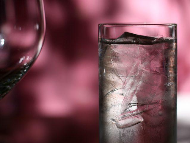 المياه المثلجة لن تساعدك في خسارة الوزن كما تعتقد!