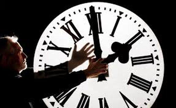 """تغيير الساعة إلى """"التوقيت الصيفي"""" أسبابه وتاريخه!"""