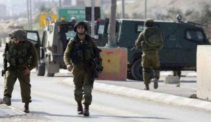 قوات الاحتلال تستولي على خيام لمزارعين غرب بيت لحم