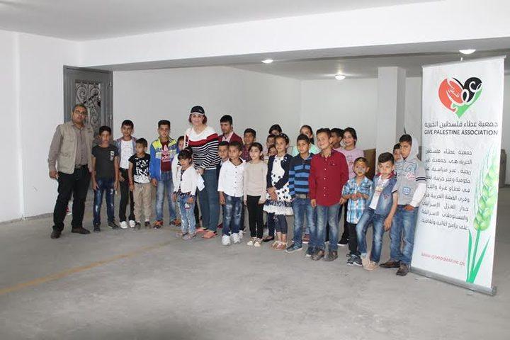 جمعية عطاء فلسطين الخيرية توزع كفالات الأيتام لشهري كانون الثاني وشباط