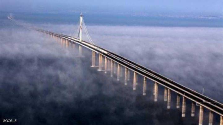الصين تبني أحد عجائب الهندسة!