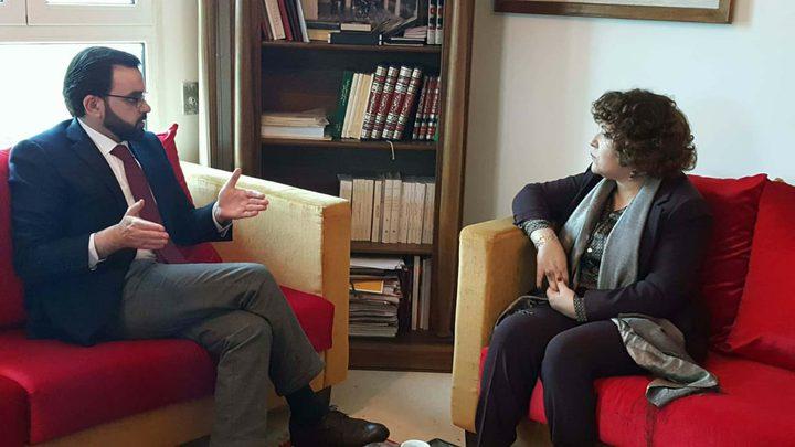 وزير الثقافة يبحث مع مديرة المكتبة الوطنية التونسية سبل تعزيز التعاون