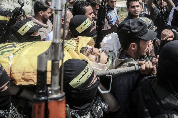 """بالصور: جماهير غزة تشيع شهداء """"يوم الارض"""""""