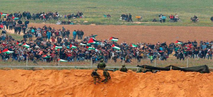 الاحتلال يفصل مذيعاً إسرائيلياً تبرأ من جرائمه في غزة